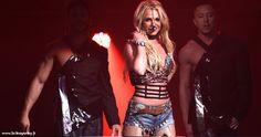 """Performance De Britney Spears Aux Triple HO Show 7.0 (Radio 99.7 Now!) Ce samedi 3 décembre Britney Spears a performé un mini-concert aux SAP Center de San José en Californie pour le 7e """"Triple HO Show"""" organisé par la radio """"99.7 Now!"""". La star a interprété une partie de ses tubes les plus connues et trois chansons d... Lire la suite... http://ift.tt/2gVUT1X"""
