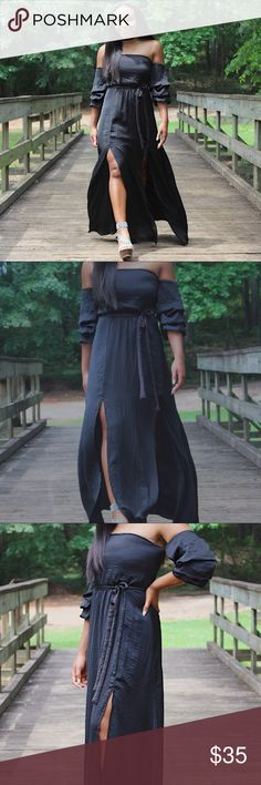 💥FLASH SALE💥 Black Maxi Dress (Editors Pick) *Brand new straight from wholesaler  *Editor's Pick 6.28.17 •Color: Black  • Off Shoulder 3/4 Sleeve  • Length: Full (Maxi)  •Details: Double Side Leg Slit, Tie Up Waist, Zips up back   • Made in China   •100% Polyester   • Fits true to size Dresses Maxi