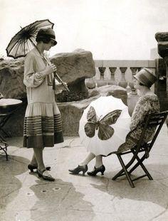 Rose Tinted Vintage 1920s Swimsuit Umbrella Girl 1920s Fashion