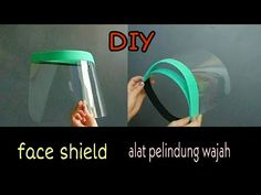 DIY how to make face shield🌸cara membuat alat peli. Easy Face Masks, Diy Face Mask, Fotografia Tutorial, Handmade Books, Diy Mask, Transparent, Diy Projects To Try, Sewing Hacks, Tapas