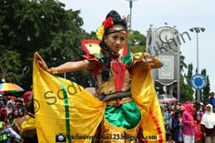 Indonesia traditional dancers
