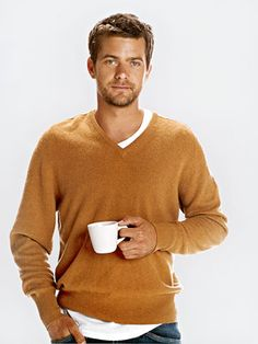 Joshua Jackson -- from offbeat adorable in Dawson's Creek to smokin' hot in Fringe Hot Men, Sexy Men, Hot Guys, Gorgeous Men, Beautiful People, Pretty People, Pretty Men, Series Juveniles, Charlie Conway
