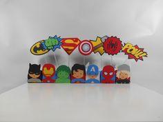 http://www.elo7.com.br/kit-scrap-festa-herois/dp/4E82C4 produzido em papeis de alta gramatura. cores podem ser alteradas. <br> <br>kit contem: <br>70 forminhas de doce e 70 topper, sendo 10 de cada modelo.
