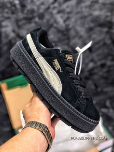 ee5f358fc409 Authentic Puma SUEDE PLATFORM Flatform Shoes Height-Increase Shoes SKU  367259-01 Copuon