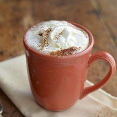 Virtually Homemade: Chocolate Chai Latte (Starbucks Version) - perfect for the holidays! Keurig Recipes, Coffee Recipes, Drink Recipes, Tea Recipes, Chai Recipe, Chocolate Dreams, Chocolate Coffee, Tea Latte, Gluten Free Treats