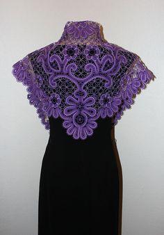 косынка Саша от MadamKruje на Etsy Irish Crochet, Crochet Lace, Bruges Lace, Romanian Lace, Types Of Lace, Dress With Shawl, Bobbin Lace Patterns, Lacemaking, Point Lace