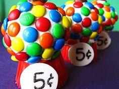 Cupcakes de máquina de chicle en Material de decoración para cupcakes y magdalenas