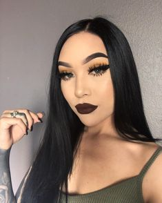 """excuse my fly aways 🤷🏻♀️ lashes- in """"toront(hoe)"""" eyebrows- dipbrow in """"ebony"""" lips-… Makeup Goals, Makeup Inspo, Makeup Inspiration, Makeup Tips, Beauty Makeup, Eye Makeup, Hair Makeup, Hair Beauty, Makeup Ideas"""