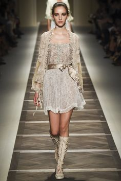 Milan-Fashion-Week-2016-Spring-Summer-News-Best-10-Milan-Shows-ETRO-2 Milan-Fashion-Week-2016-Spring-Summer-News-Best-10-Milan-Shows-ETRO-2