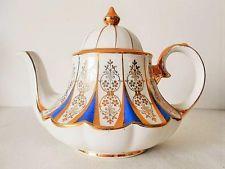 Vintage Sadler #1194 Made in England 1950's Teapot Carousel Shape MINT