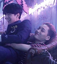 The moment that we all wished we were Sehun...or Kai. (GIF)