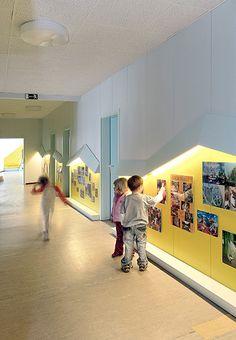 An unusual and low cost building design for Taka-Tuka-Land Kindergarten, Berlin Kindergarten Interior, Kindergarten Design, Daycare Design, Classroom Design, Kids Cafe, Hospital Design, Healthcare Design, School Building, Kid Spaces