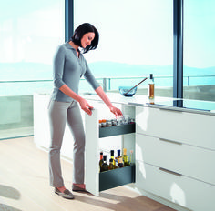 Making the most of tight #kitchen & #bedroom spaces thanks to Blum!