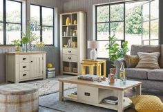 Can you think of a better setting to come home to? Recreate it in your interior with grey and yellow accessories.