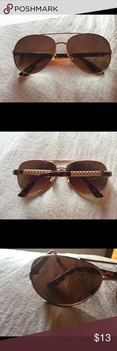0636e655f54 Brown   Gold Shades •NWOT •Great Condition Accessories Sunglasses