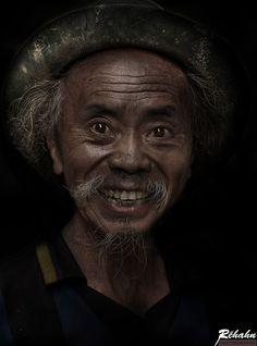 The portrait of Vietnam's obsession Rehahn
