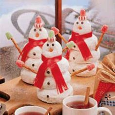 Donut snowman...do this when elf on the shelf comes back.