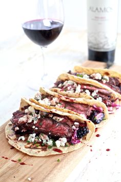 Fall Spiced Skirt Steak Tacos with Blackberry and Pear Slaw | @TheNoshery - thenoshery.com | #daretopair @AlamosWines
