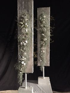 Floral room divider – # room divider- – World of Flowers Green Christmas, Christmas Home, Christmas Holidays, Christmas Crafts, Christmas Decorations, Xmas, Floral Room, Deco Floral, Arte Floral