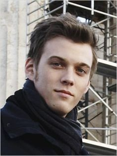 Jake Abel - Luke (Percy Jackson) - Ian (The Host)