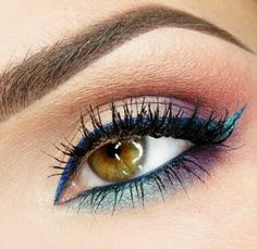 Neutral with colorful liner