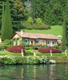 """concept: relaxing summer at villas in Lake Como, Italy 🌞🍃🌊"" Cottage Farmhouse, Cottage Homes, Beautiful Homes, Beautiful Places, Comer See, Lake Como Italy, Garden Tool Set, Italian Home, Cabins And Cottages"
