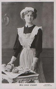 Miss Cicely Stuckey, theatrical postcard, circa 1900