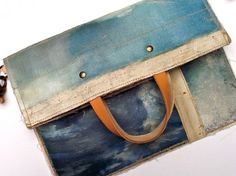 Recycled Vintage Oil Paintings Into One-of-a-Kind Bags by Leslie Oschmann via Ecouterre Painted Bags, Incredible Gifts, Eco Friendly Fashion, Ethical Fashion, Beautiful Bags, Sustainable Fashion, Sustainable Style, Wearable Art, Bag Making