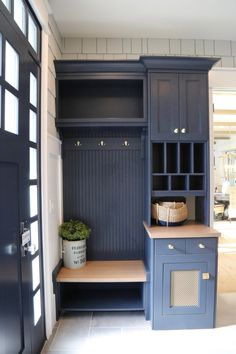How to Turn Any Space into a Mudroom Entryway turned into a mudroom Flur Design, Küchen Design, House Design, Design Ideas, Mudroom Cabinets, Mudroom Laundry Room, Entryway Closet, Entryway Decor, Outdoor Entryway Ideas