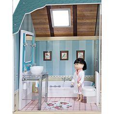 Casa de bonecas em madeira