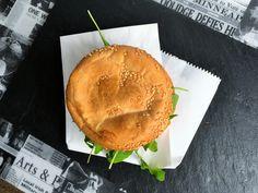 burgery-z-burakow-i-koziego-sera Irish, Cheese, Food, Meal, Irish People, Essen, Hoods, Ireland, Meals
