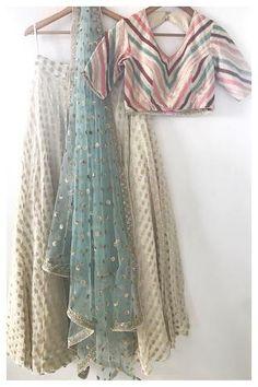 Vintage Maahi Lehenga Set