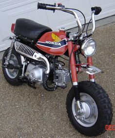 1977 Honda Z50... - My sister and I had to share it. She ALWAYS use to dump me off of it.