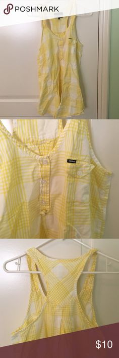 HURLEY top May be worn as a long shirt or short dress, fits small / medium. Cute for summer wear Hurley Tops Tunics