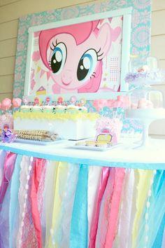 Ideias para uma festa Meu Pequeno Pônei. Inspire-se!  (My Little Pony Party)