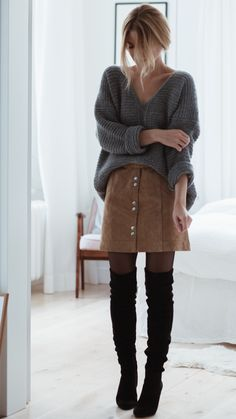 Skirt and another winter outfit for the 2019 skirt and another winter outfit for the overknee boot classic. Combined with a leather skirt in a-li the post skirt and another winter outfit for the 2019 appeared first on sweaters ideas. Winter Outfits For Teen Girls, Casual Winter Outfits, Fall Outfits, Cute Outfits, Winter Fashion Outfits, Look Fashion, Autumn Fashion, Womens Fashion, Fashion Trends