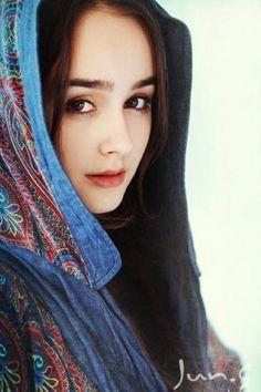 dupatta on pinterest pakistan scarfs and actresses