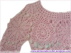 Visita la entrada para saber más Boho Crochet Patterns, Crochet Tunic Pattern, Crochet Motif, Black White Pattern, White Patterns, Vintage Cotton, Jacket Dress, Crochet Clothes, Knitting