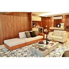 @fparquitetura   Muito ❤ por este apartamento! #heliopellegrino182apartment #fparquitetura #fernandapecanhaarquiteta #fernandapecanha #fernandapecanhainteriores #saladeestar #living #livingroom #paineis #revestimento #madeira #marcenaria #woodworking #wood #emporioberaldin #clami #breton #lanovitacouros #bykamy #lsselection #vieiragomesmarcenaria #jmireformas @lsselection @emporioberaldin @bykamy @lojaclami @bretonactual @vlisantos @tatidaher @anakessler by Ana Kessler