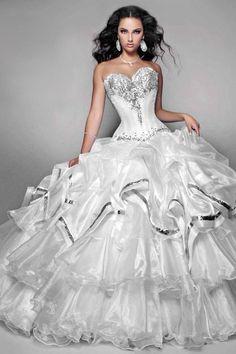 2012 Best Selling Wedding Dresses A Line Sweetheart Organza Silver Beadings