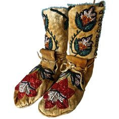 Pair of Plateau Beaded Child's High Top Moccasins, circa 1890 | From a unique collection of antique and modern native american objects at https://www.1stdibs.com/furniture/folk-art/native-american-objects/