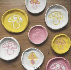 Diy Clay, Clay Crafts, Diy And Crafts, Arts And Crafts, Ceramic Clay, Ceramic Pottery, Pottery Art, Pottery Painting, Keramik Design