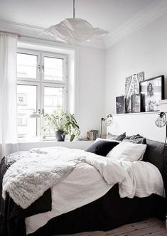 83 Minimalist Bedroom Ideas On A Budget Decoration - Please See Tips On How to Redesign. 83 Minimalist Bedroom Ideas On A Budget Decoration - Please See Tips On How to Redesign. Bud Friendly Minimalist Bedroom Ideas Dig This Design Cozy Small Bedrooms, Small Bedroom Designs, Small Room Design, Design Bedroom, Bedroom Small, Trendy Bedroom, Bedroom Colors, Small Bedroom Layouts, Square Bedroom Ideas
