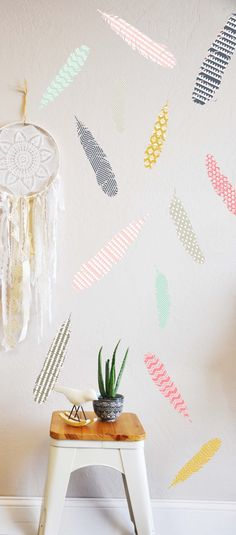 Hey, I found this really awesome Etsy listing at https://www.etsy.com/listing/160235125/patterned-feathers-wall-decal