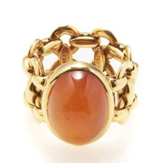 Vintage Hermes I  http://www.vogue.fr/joaillerie/news-joaillerie/diaporama/la-vente-de-bijoux-hermes-vintage-chez-artcurial/10193/image/636083#7
