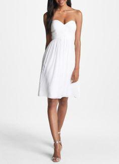 Beach bride - strapless chiffon dress