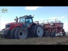 Fendt Profi 933, 8 rijige Struik frees in Canada Trekkerweb