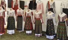 Romanian traditional costumes Part 1 Port national Folk Costume, Costumes, Folk Fashion, People Of The World, Eastern Europe, Traditional Dresses, Romania, Dress Outfits, Harem Pants