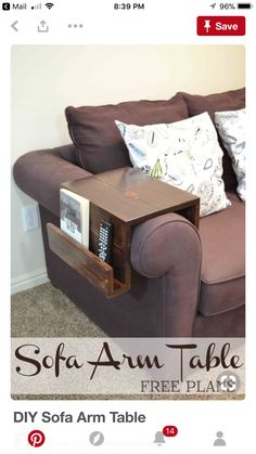 00 75 Space Saving and Cleaning Tips to Make Life Easier An easy customizable DIY sofa arm table keeps a drink or snacks close at hand, while organizing remotes or reading material, too. Diy Wood Projects, Home Projects, Woodworking Projects, Apartment Projects, Pallet Furniture, Furniture Projects, Sofa Furniture, Furniture Plans, Furniture Dolly