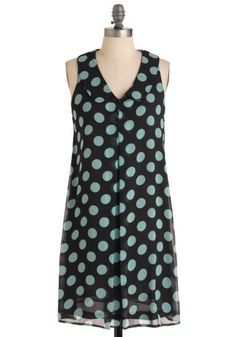 Katie's Pencil Box Dress MODCLOTH vintage style polka dot dress #Modcloth #Casual